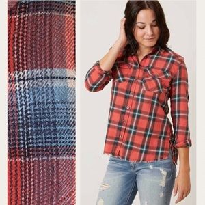 ♦️SOLD‼️Billabong Flannel Frenzy Plaid Women Shirt